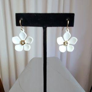 White Flower Pierced Earrings